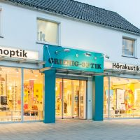 "<span class=""betrieb-name"">Optik & Akustik Grienig in Bremerhaven</span> <span class=""betrieb-link""><a href=""https://grienig.de/"" target=""_blank"">Zur Webseite</a></span>"